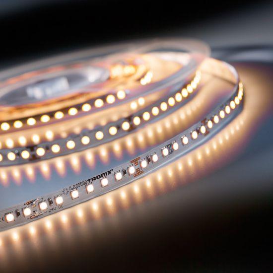 Banda Flexibila Profesionala Lumiflex70 Performer 70 LED-uri Nichia Japonia alb cald 2700K 24V pret pt. 50cm (2440lm/m, 140 LED/m si 19.2W/m)