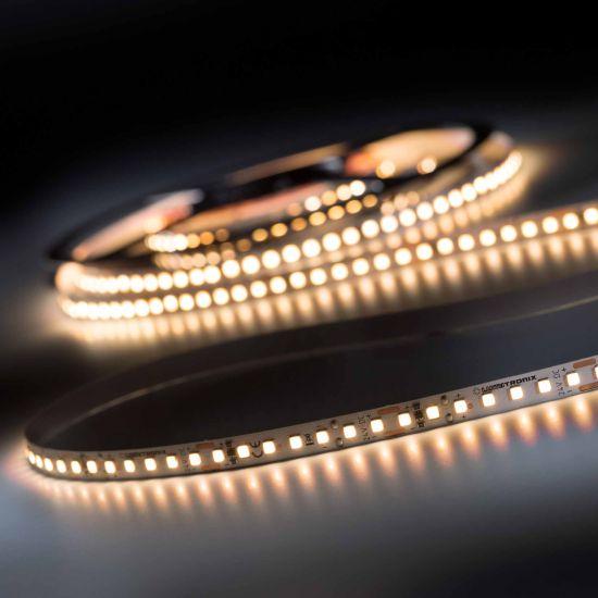 Banda Flexibila Profesionala LumiFlex700 Pro 700 LED-uri Nichia Japonia alb cald CRI90 2700K 24V rola 5m (2280lm/m, 140 LED/m si 19.2W/m)